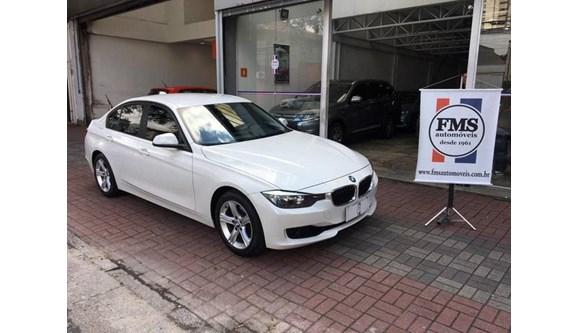 //www.autoline.com.br/carro/bmw/320i-20-sport-16v-gasolina-4p-automatico/2014/sao-paulo-sp/9039474