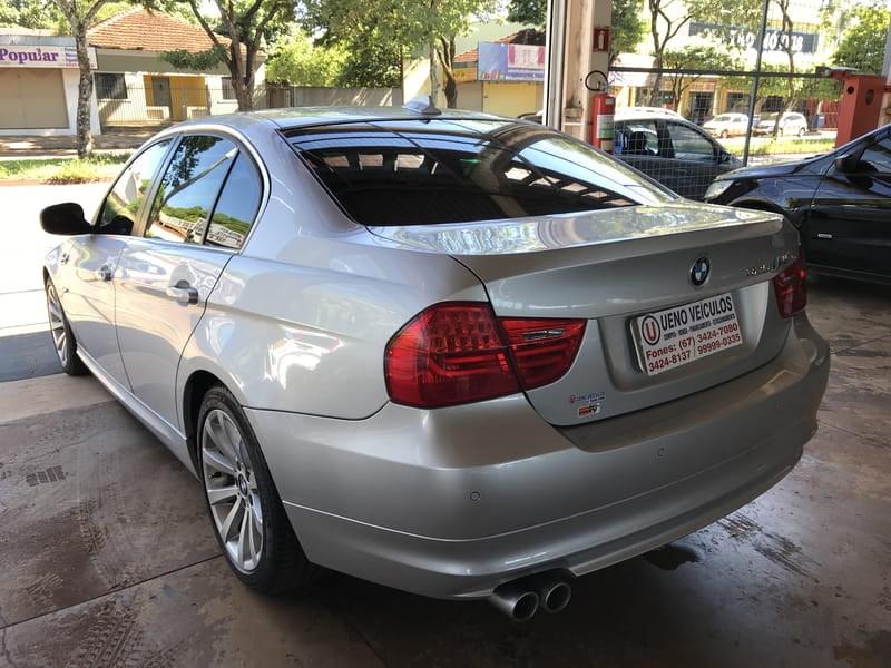 //www.autoline.com.br/carro/bmw/325i-25-24v-170cv-4p-gasolina-automatico/2011/dourados-ms/11716745