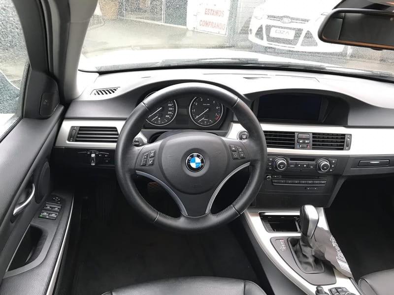 //www.autoline.com.br/carro/bmw/325i-25-24v-170cv-4p-gasolina-automatico/2012/taubate-sp/8766190