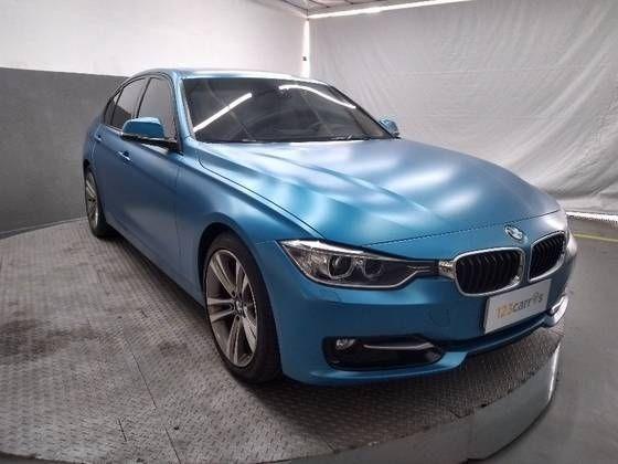 //www.autoline.com.br/carro/bmw/328i-20-m-sport-16v-sedan-flex-4p-automatico/2015/sao-paulo-sp/11944506