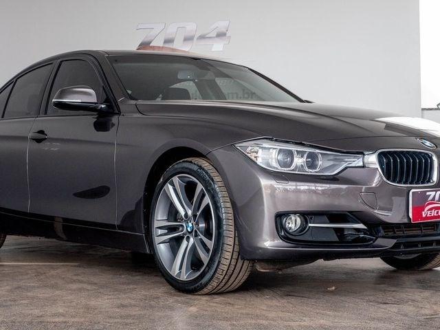 //www.autoline.com.br/carro/bmw/328i-20-sport-16v-sedan-flex-4p-automatico/2015/brasilia-df/13115975