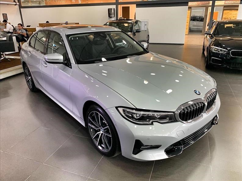 //www.autoline.com.br/carro/bmw/330i-20-m-sport-16v-gasolina-4p-automatico/2021/sao-paulo-sp/12297028
