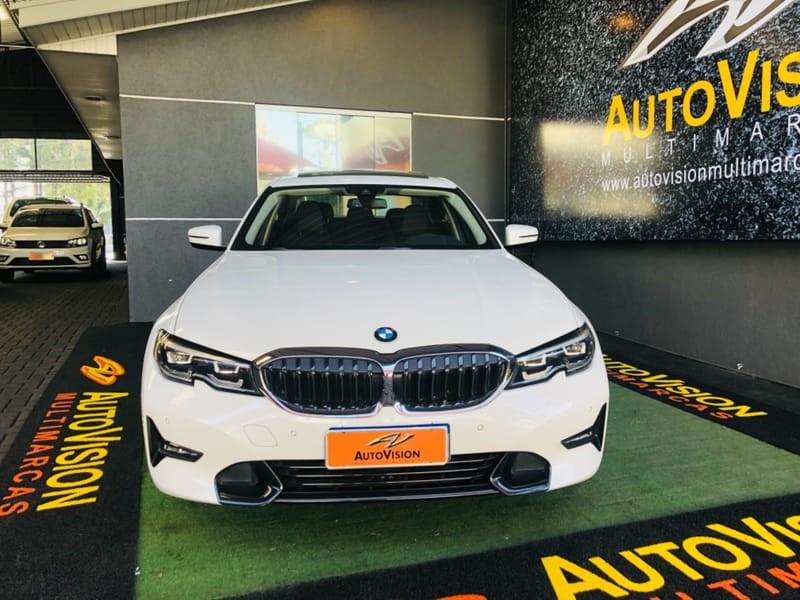 //www.autoline.com.br/carro/bmw/330i-20-sport-16v-gasolina-4p-turbo-automatico/2020/curitiba-pr/15454765
