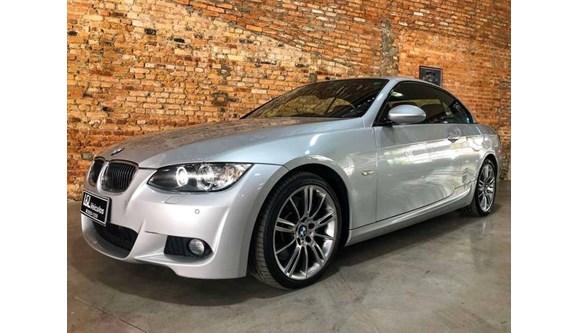 //www.autoline.com.br/carro/bmw/335i-30-sport-24v-sedan-gasolina-4p-automatico/2010/sao-paulo-sp/9852597