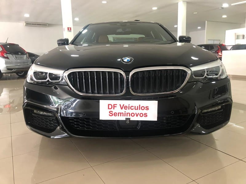 //www.autoline.com.br/carro/bmw/530e-20-m-sport-16v-sedan-flex-4p-automatico/2019/brasilia-df/11283811