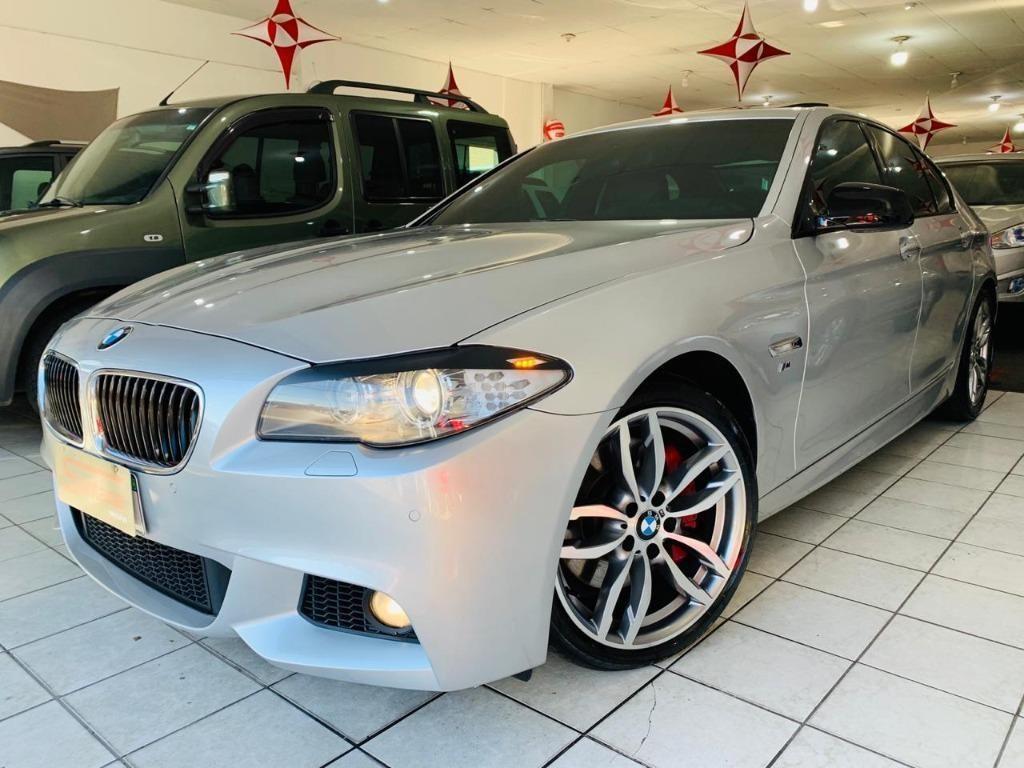 //www.autoline.com.br/carro/bmw/535i-30-sedan-24v-gasolina-4p-turbo-automatico/2012/porto-alegre-rs/11719320
