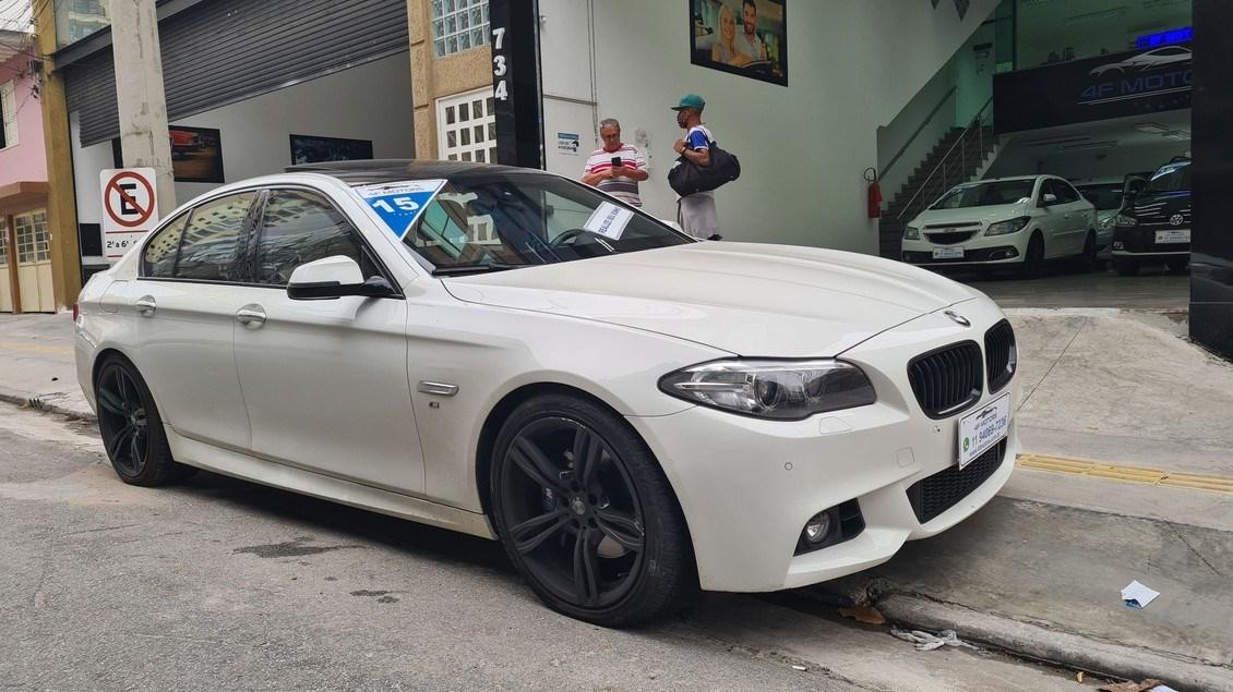 //www.autoline.com.br/carro/bmw/535i-30-m-sport-24v-sedan-gasolina-4p-automatico/2015/osasco-sp/12909918