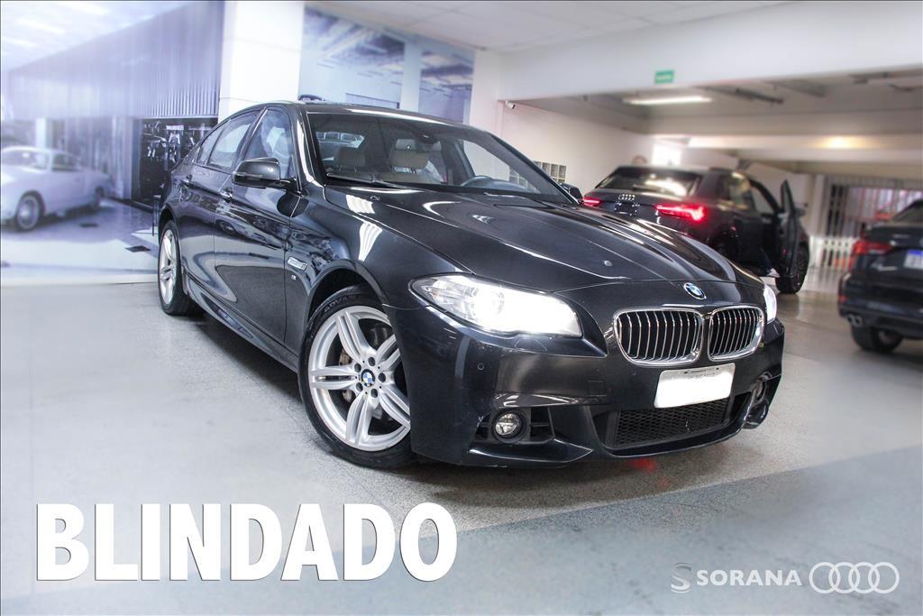 //www.autoline.com.br/carro/bmw/535i-30-m-sport-24v-sedan-gasolina-4p-automatico/2015/sao-paulo-sp/13878806
