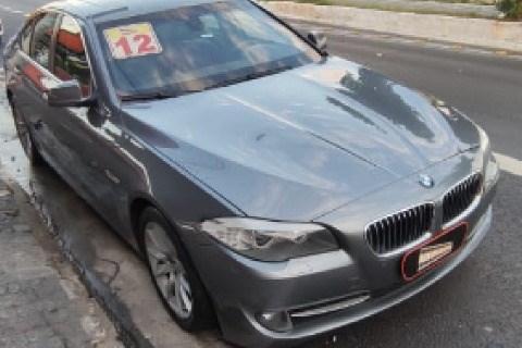 //www.autoline.com.br/carro/bmw/535i-30-sedan-24v-gasolina-4p-turbo-automatico/2012/sao-paulo-sp/14908269