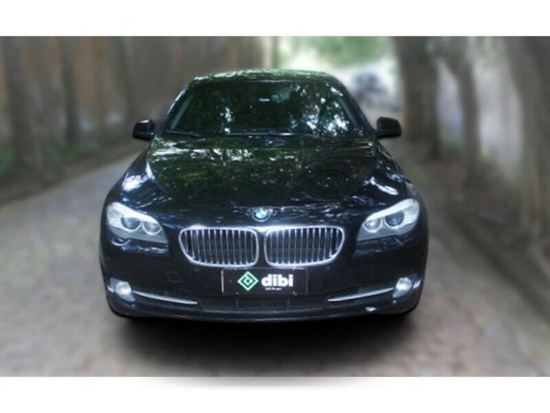 //www.autoline.com.br/carro/bmw/535i-30-sedan-sport-24v-gasolina-4p-turbo-automati/2012/sao-paulo-sp/15036812
