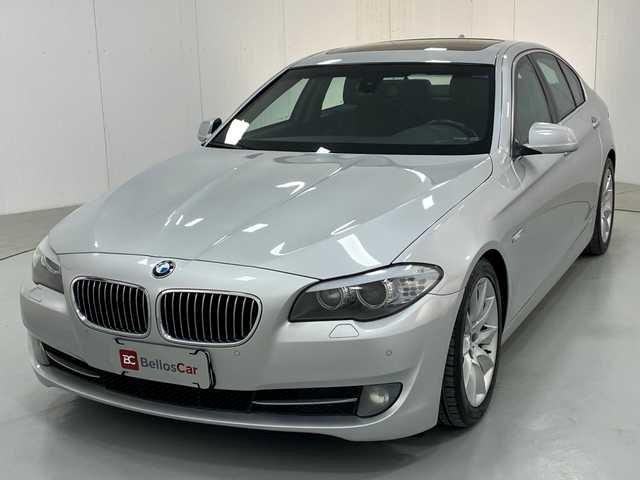 //www.autoline.com.br/carro/bmw/535i-30-sedan-24v-gasolina-4p-turbo-automatico/2011/curitiba-pr/15155932