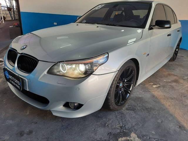 //www.autoline.com.br/carro/bmw/550i-48-32v-gasolina-4p-automatico/2008/sao-paulo-sp/12231775