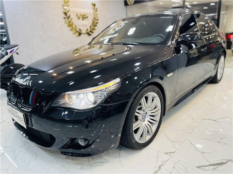 //www.autoline.com.br/carro/bmw/550i-48-32v-sport-360cv-4p-gasolina-automatico/2010/rio-de-janeiro-rj/15628653