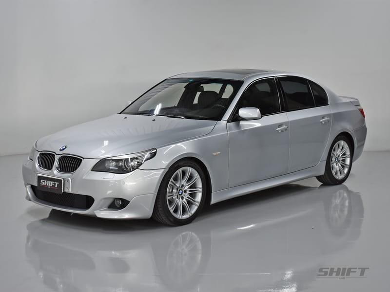 //www.autoline.com.br/carro/bmw/550i-48-32v-gasolina-4p-automatico/2009/curitiba-pr/9181637