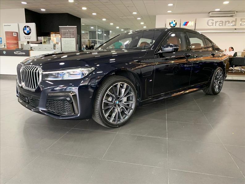 //www.autoline.com.br/carro/bmw/745le-30-m-sport-24v-sedan-flex-4p-automatico/2021/sao-paulo-sp/13147628