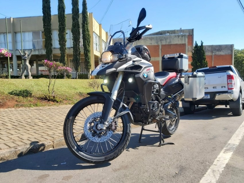 //www.autoline.com.br/moto/bmw/f-800-gs-adventure/2015/telemaco-borba-pr/15096742