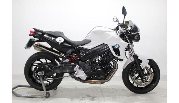 //www.autoline.com.br/moto/bmw/f-800-r/2012/jundiai-sp/10009128
