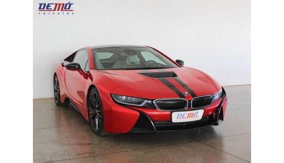 //www.autoline.com.br/carro/bmw/i8-15-12v-coupe-flex-2p-automatico/2015/rio-verde-go/9114906