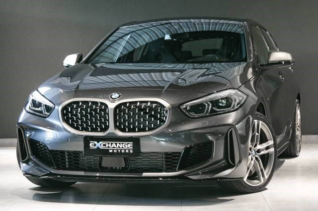 //www.autoline.com.br/carro/bmw/m135i-20-xdrive-16v-gasolina-4p-4x4-turbo-automatic/2021/vinhedo-sp/14681820