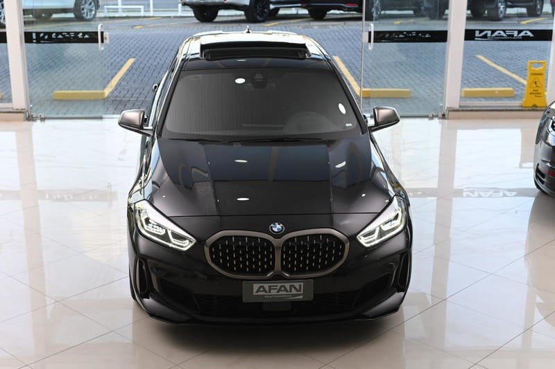 //www.autoline.com.br/carro/bmw/m135i-20-xdrive-16v-gasolina-4p-4x4-turbo-automatic/2020/curitiba-pr/15806200