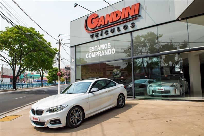 //www.autoline.com.br/carro/bmw/m235i-30-coupe-24v-gasolina-2p-turbo-automatico/2015/itu-sp/15847104
