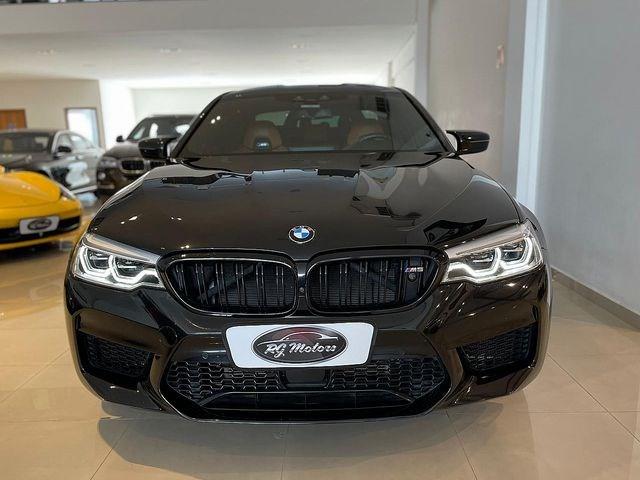 //www.autoline.com.br/carro/bmw/m5-44-v8-xdrive-32v-gasolina-4p-4x4-turbo-automa/2019/sao-paulo-sp/14421919