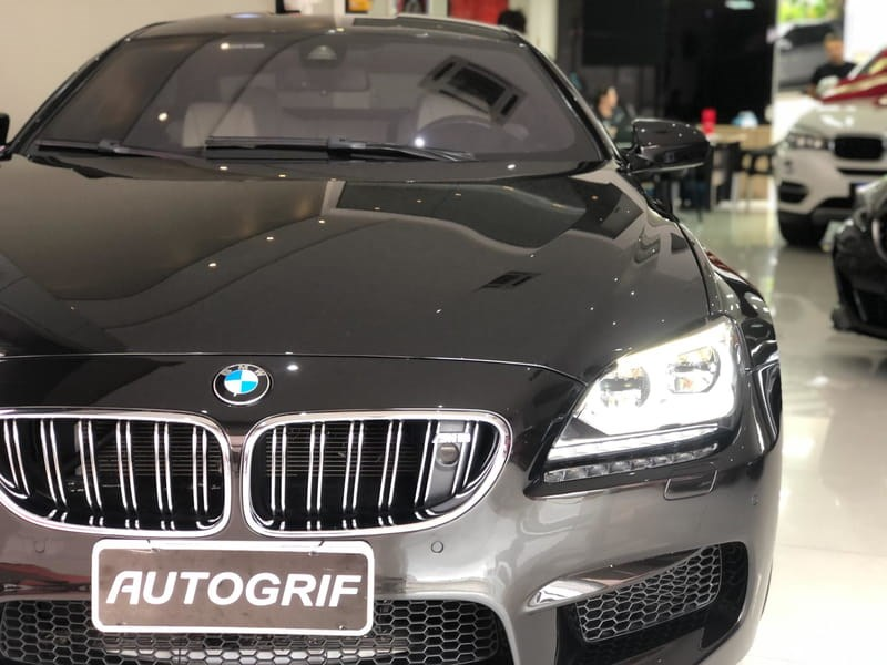 //www.autoline.com.br/carro/bmw/m6-44-coupe-gran-32v-gasolina-4p-turbo-automatiz/2015/curitiba-pr/15161107