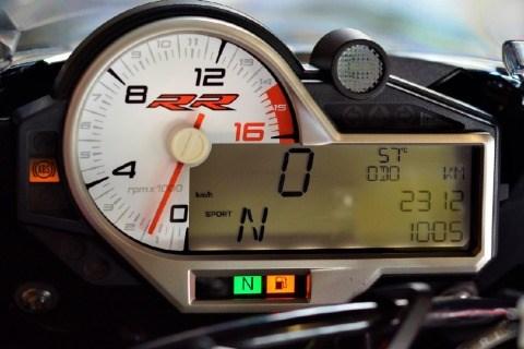 //www.autoline.com.br/moto/bmw/s-1000-rr/2019/brasilia-df/14047663