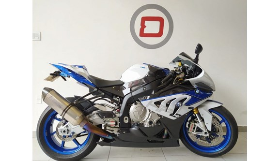 //www.autoline.com.br/moto/bmw/s-1000-rr-hp4-competition-gas-mec-basico/2014/belo-horizonte-mg/13980384