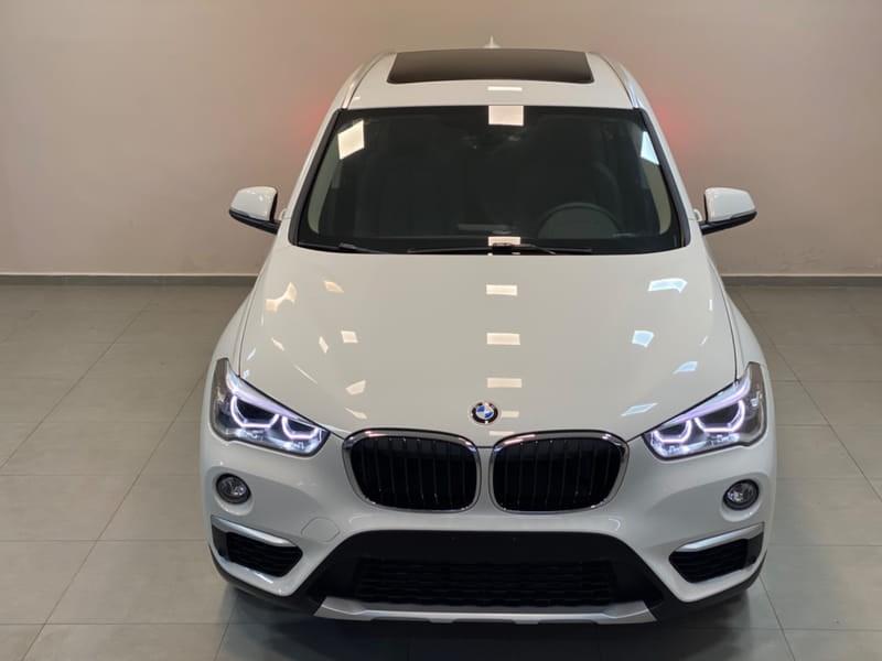 //www.autoline.com.br/carro/bmw/x1-20-xline-20i-192cv-16v-flex-4p-automatico/2019/vitoria-es/10371008