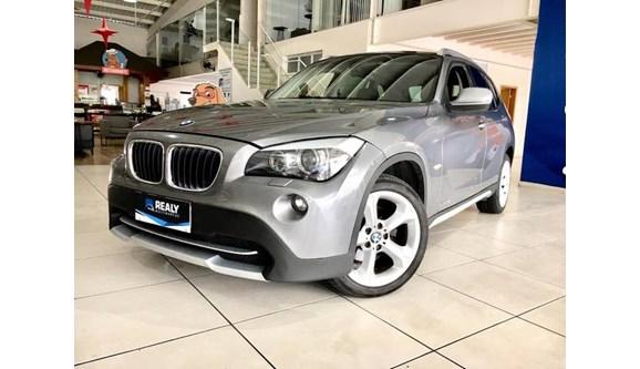 //www.autoline.com.br/carro/bmw/x1-20-20i-184cv-16v-gasolina-4p-automatico/2013/sao-jose-dos-campos-sp/10453516