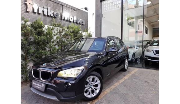 //www.autoline.com.br/carro/bmw/x1-20-18i-150cv-16v-gasolina-4p-automatico/2014/sao-paulo-sp/11529102