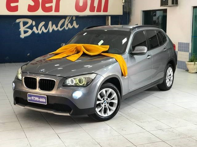 //www.autoline.com.br/carro/bmw/x1-20-18i-150cv-16v-gasolina-4p-automatico/2013/sao-paulo-sp/12591067