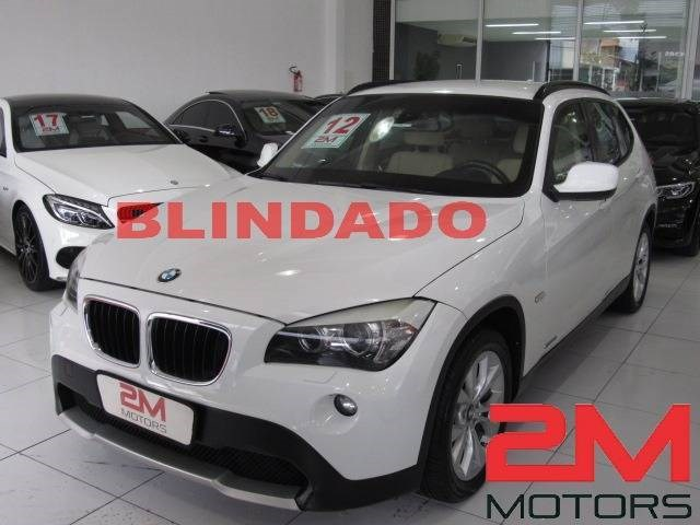 //www.autoline.com.br/carro/bmw/x1-20-xdrive18i-top-16v-150cv-4p-gasolina-automa/2012/sao-paulo-sp/12658398