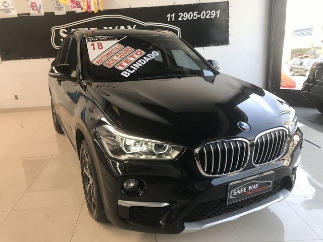 //www.autoline.com.br/carro/bmw/x1-20-20i-192cv-16v-flex-4p-automatico/2018/sao-paulo-sp/13034912