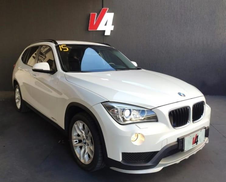 //www.autoline.com.br/carro/bmw/x1-20-sdrive18i-16v-150cv-4p-gasolina-automatico/2015/campo-grande-ms/13261562