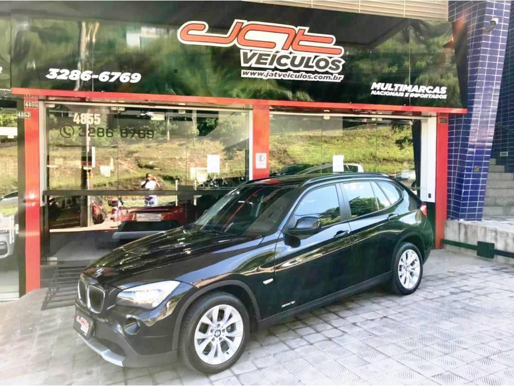 //www.autoline.com.br/carro/bmw/x1-20-xdrive18i-top-16v-150cv-4p-gasolina-automa/2011/belo-horizonte-mg/13638515