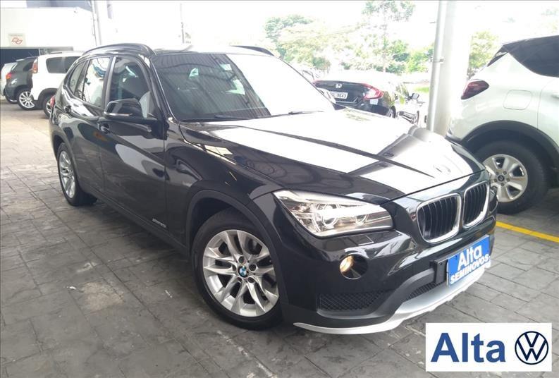 //www.autoline.com.br/carro/bmw/x1-20-20i-184cv-16v-flex-4p-automatico/2015/sao-paulo-sp/13644796