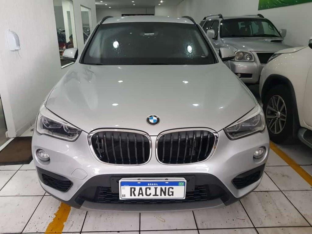 //www.autoline.com.br/carro/bmw/x1-20-20i-192cv-16v-flex-4p-automatico/2016/sao-paulo-sp/13878279