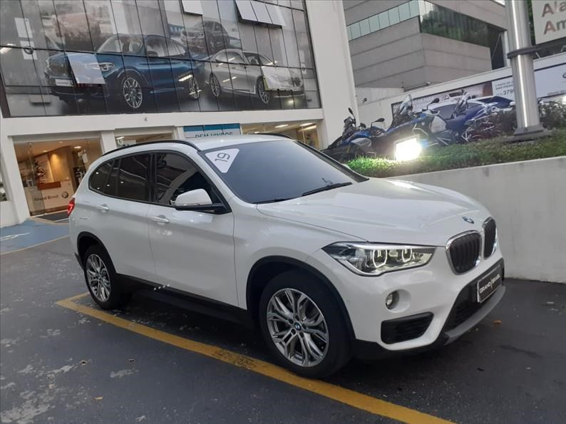 //www.autoline.com.br/carro/bmw/x1-20-sdrive20i-gp-16v-flex-4p-turbo-automatico/2019/sao-paulo-sp/14048573