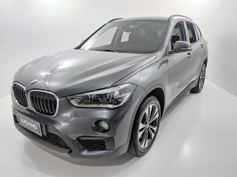 //www.autoline.com.br/carro/bmw/x1-20-sdrive20i-gp-16v-flex-4p-turbo-automatico/2018/ponta-grossa-pr/14396286