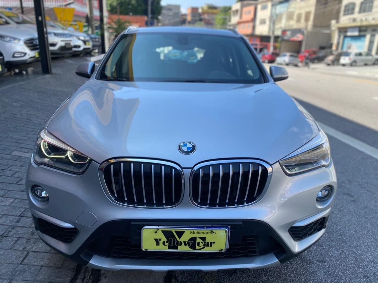 //www.autoline.com.br/carro/bmw/x1-20-sdrive20i-xline-16v-flex-4p-turbo-automati/2019/sao-paulo-sp/14536296