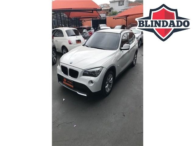 //www.autoline.com.br/carro/bmw/x1-20-sdrive18i-top-16v-gasolina-4p-automatico/2012/sao-paulo-sp/14575202