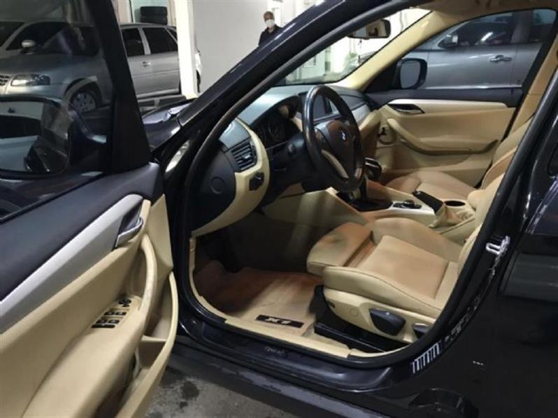 //www.autoline.com.br/carro/bmw/x1-20-sdrive20i-turbo-16v-184cv-4p-gasolina-auto/2012/belo-horizonte-mg/14617474