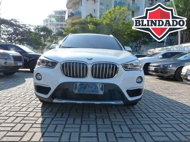 //www.autoline.com.br/carro/bmw/x1-20-sdrive20i-gp-16v-flex-4p-turbo-automatico/2018/rio-de-janeiro-rj/15059857