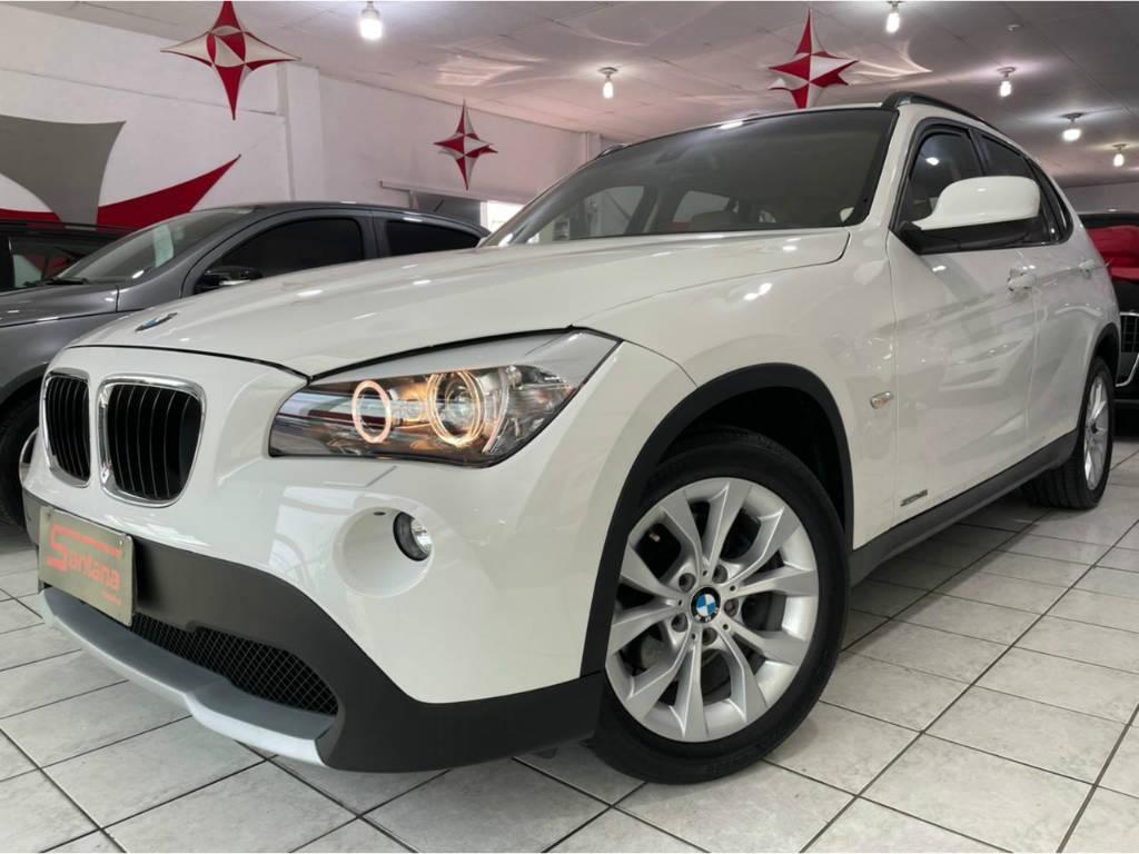 //www.autoline.com.br/carro/bmw/x1-20-sdrive18i-top-16v-gasolina-4p-automatico/2012/porto-alegre-rs/15100282