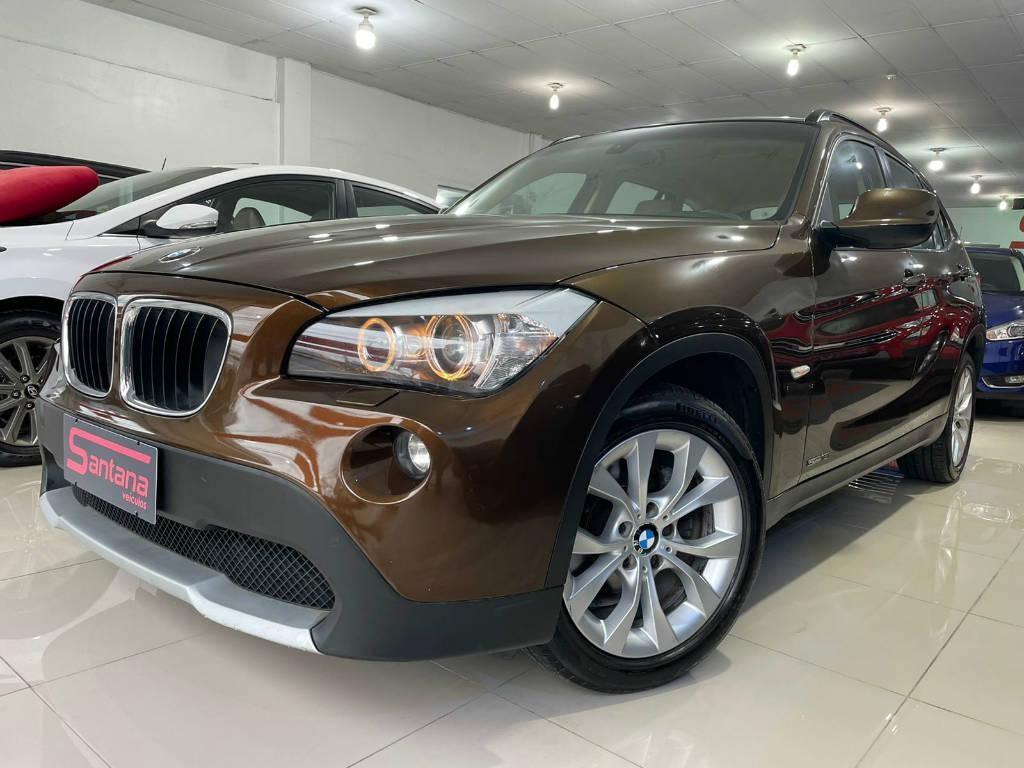 //www.autoline.com.br/carro/bmw/x1-20-sdrive18i-16v-gasolina-4p-automatico/2011/porto-alegre-rs/15624128