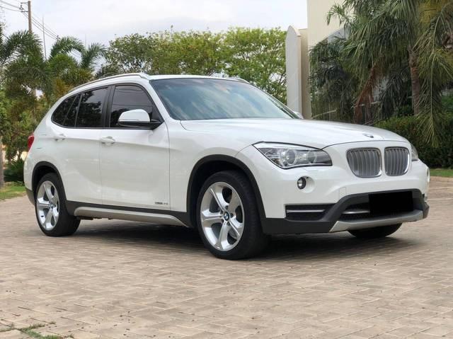 //www.autoline.com.br/carro/bmw/x1-20-sdrive20i-16v-gasolina-4p-turbo-automatico/2014/palmas-to/15712529