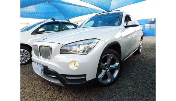 //www.autoline.com.br/carro/bmw/x1-20-20i-184cv-16v-gasolina-4p-automatico/2014/campinas-sp/7314472