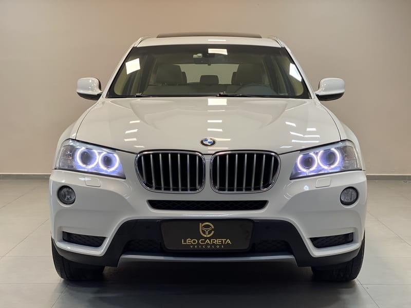 //www.autoline.com.br/carro/bmw/x3-20-xdrive-20i-16v-turbo-184cv-4p-gasolina-aut/2014/vitoria-es/10325832